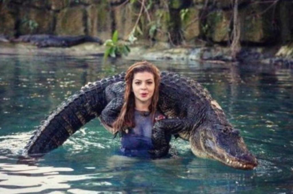 En Vahşi Hayvanları Bile Koynuna Alan Kadın