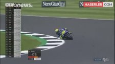 MotoGP'de 9 Kez Şampiyon Olan Valentino Rossi, Kaza Yapıp Bacağını Kırdı