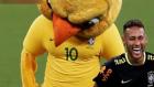 Coutinho ile Neymar maskotu şakaladılar