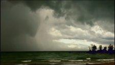Irma Kasırgasında Bulutlarda Beliren Ürkütücü Görüntü