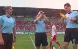 Bundesliga'da İlk Kez Kadın Hakemin Maç Yönetmesi