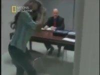 Esrarengiz Ceset - (Yaşanmış Hikaye) Polisiye Belgesel