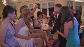 Bacak Elleyerek Eşini Bulma Oyunu - Rus Düğünü