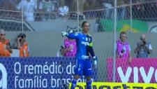 Fernando Prass penaltıda köşeyi gösterdi