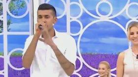Esra Erol'un Programında Şarkının Irzına Geçen Genç