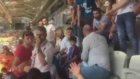 Trabzonsporlu Minik Taraftarın Üstünden Forması Çıkartıldı