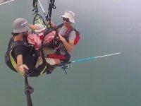 Adrenalin Tutkunlarının 150 Metre Yükseklikteki Balık Avı