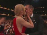 Nicole Kidman'ın  Eşinin Yanında Rol Arkadaşını Dudağından Öpmesi