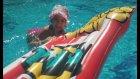 Havuzda Elif İle Yarışlar, Roketler Ve Dev Stres Topu, Eğlenceli Çocuk Videosu