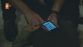 Eşkıya Dünyaya Hükümdar Olmaz 72. Bölüm : Seçkin Telefonun Şifresini Çözüyor (19 Eylül Salı)