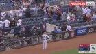 Beyzbol Maçında Oyuncunun Vurduğu Top, Küçük Kızın Yüzünde Patladı