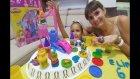 Play Doh Prenses Kalesi , Dedemizin evinde play doh oynuyoruz, eğlenceli çocuk videosu
