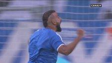 Marsilya Maçında Taraftar Sahaya Girdi, Gol Attı