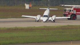 Ön Takımları Kırık Olan Uçağın Muazzam İnişi