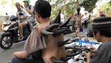 Endonezya'da Bufalo Boynuzuyla Tedavi