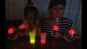 IŞIK SHOW , Fosforlu ışıklarla rengarenk bardaklar pipetler buz küpleri