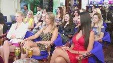 Adnan Oktar'a Soruldu: Kız Arkadaşlarınız Nasıl Bir Ahlak Anlayışına Sahipler?
