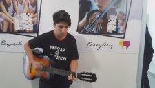 Dört Yıldır Gitar Çalıyor Sosyal Başarıya İnanıyor Öğrencimiz İmer Atakent Mektebim Okulu