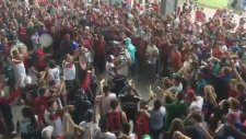 San Lorenzo Taraftarından Müthiş 'Despacito' Performansı