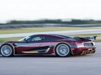 Bugatti'nin 0-400-0 km Hız Rekorunu Koenigsegg Agera RS'in Kırması