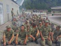 Askerde Sigara Çek Bırak Talimi