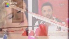 Gökhan Özen Canlı Canlı Piyano Performans Gülben Show Tv 14 Şubat 2014