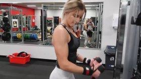20 Yaşında  Pazı Kız Emma Harrison Fitness..