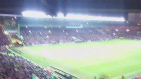 Celtic taraftarının çılgın tezahüratı