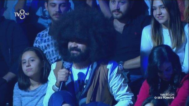 O Ses Türkiye Yarışmasına Konuk Olan İlginç Saçlı Adam