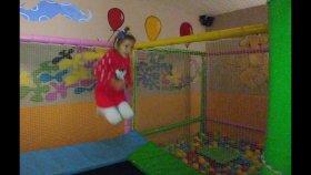 Osmanlı cafe Elif ile zıpzıp cafede yerden yüksek oynadık, eğlenceli çocuk videosu