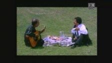 32.Gün Arşiv | 90'ların Fenomen Şarkısı