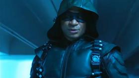 Arrow 6. Sezon 3. Bölüm Fragmanı