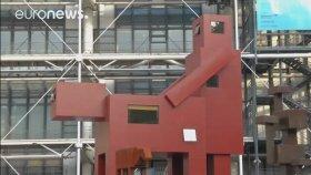 Louvre Müzesi'nin Geri Çevirdiği Doggy Heykeli
