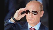 Putin Tümgeneralin Verdiği Kağıdı Yırtıp Atıyor