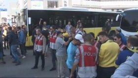 Kadıköy'de Derbi Gerginliği (Galatasaray - Fenerbahçe) 22 Ekim 2017