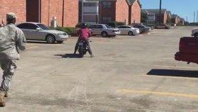 Motosiklet Sürmeyi Öğrenen Kızın Feci Sonu