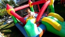 Büyük Zıpzıp Havuzumuzu Açtık.zıplamaya Doyamadık, Eğlenceli Çocuk Videosu