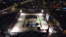 İzmir'de 4 Bin kişiyle Yapılan Zeybek Gösterisi