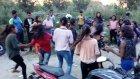 Hintli Kızların Mahalle Kavgası