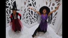Elife yeni Cadı Kostümü, İki cadıyı kıyaslıyoruz.Eğlenceli çocuk videosu Hallowen party