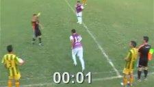 Futbol Tarihine Geçen Rekor Kırmızı Kart