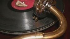 Onuncu Yıl Marşı Orjinal Hali Taş Plak Kaydı