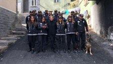 Esra Erol Kadın Polislerle Operasyona Katıldı