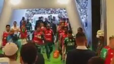 Felipe Melo'nun Clayson'a Attığı Yumruk (Corinthians 3-2 Palmeiras)