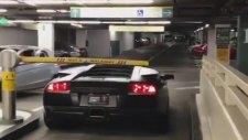 Lamborghini İle Otoparktan Kaçak Geçmek