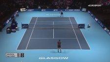 Federer Kilt ile Maça Çıktı