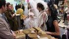 Moda Tasarımcıları Gelinler Standımızı Ziyaret Etti Design Week Turkey Türkiye Tasarım Haftası