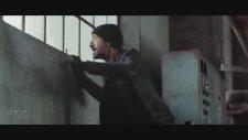 Bullet Head (2017) Fragman