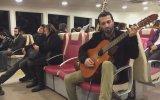 Vapurda Gitarı Ağlatan Adam  Güven Kargın