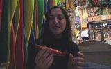 Ukraynalı Kıza Türk Çikolatalarını Tattırmak